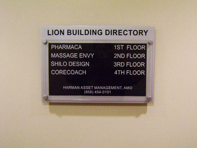 lion-building